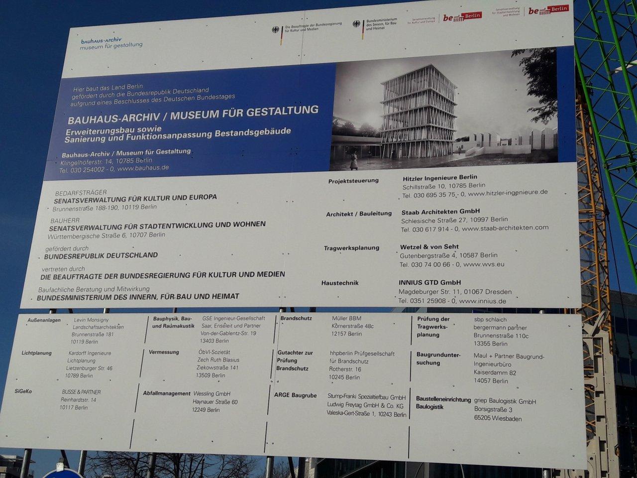 Bauhaus-Archiv - Erweiterung-Bauschild.jpg