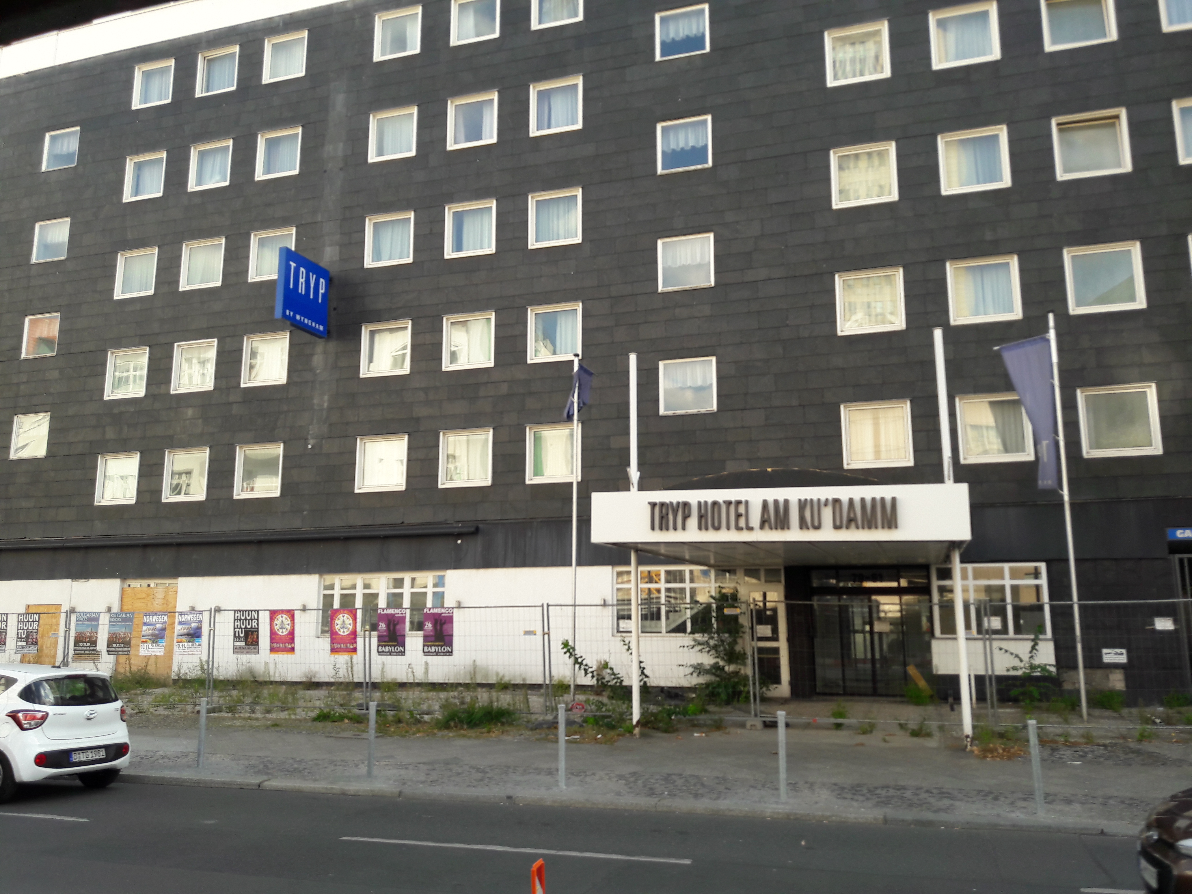Hotel-Abriss-Lietzenburger.jpg