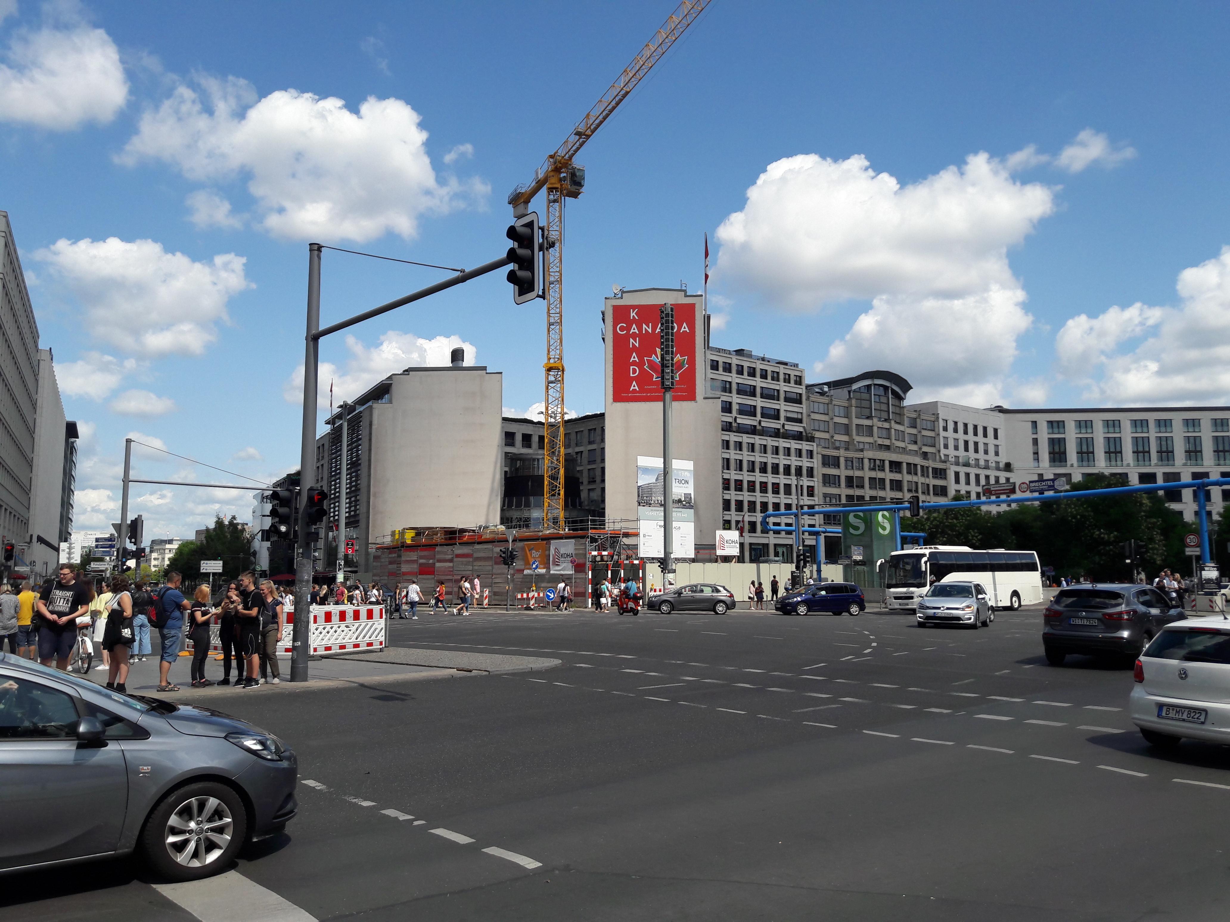 Neubau-Ebertstrasse-Berlin-Mitte.jpg